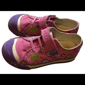 Girls pink floral Keen sneakers size 13